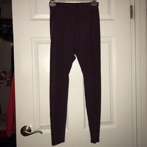 maroon nike yoga pants